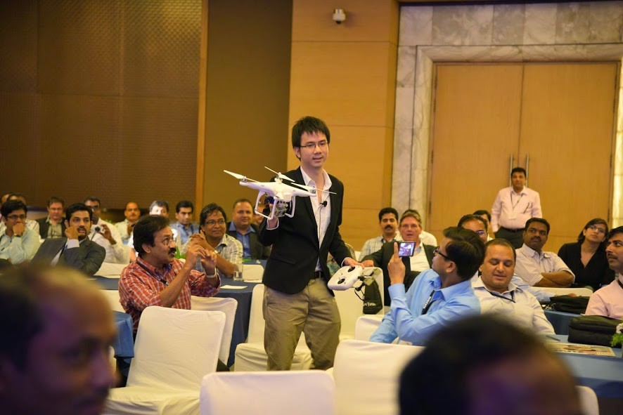 Sithikorn Wongwudtianun, photo producer, The Bangkok Post, Thailand, during a WIN-IFRA presentation, Drone journalism